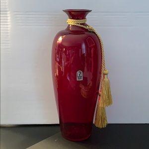 PILGRIM GLASS ⚜️Red Urn Vase